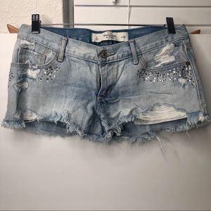 Abercrombie & Fitch Bedazzled Denin Short 2/26